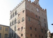 palazzo pretoria, prato, toscana